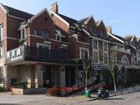 出售海城华府1-4层,整幢已租,租金7万一年。