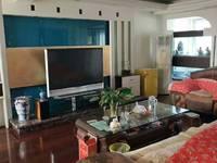 出售新佳苑4室2厅2卫195平米160万住宅