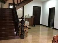 出售东河二期4室2厅2卫208平米310万住宅