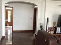 出售新峰小区4室2厅2卫137平米139万住宅