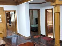 丰盛苑 层次3楼 92平方 93万三室二厅一卫有车棚