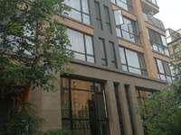 西谷湖边外国语学区2室2厅1卫83平米75万期房电梯