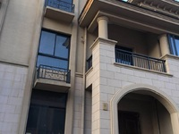 出售城南御府5室3厅3卫210平米190万住宅