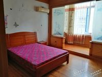拎包入住出租 蓬莱小区西门对面 2室1厅1卫90平米1200元/月住宅