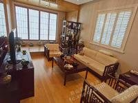出售龙泽名园独栋别墅 豪华装修位置佳