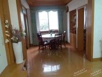 出租新峰小区3室2厅2卫110平米2500元/月住宅