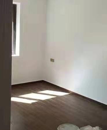 悦兰庭2楼87平方米130万全新欧式装璜