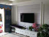 上城公馆89平豪华欧装中层三室146万五小