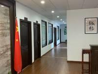 出租蓬莱路办公用房精装5室1厅1卫200平米5500元/月住宅