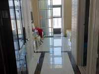 东方商厦单身公寓1室1厅1卫45平米2000元/月设备齐全,拎包入住