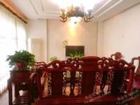 出售丹阳小区5室3厅3卫386平米400万住宅