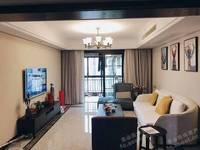 青山佳苑120平方全新欧装三室二卫162万