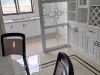 出售文峰小区豪装4室2厅2卫128平米142万住宅