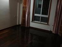 出租东河三期精装修3室2厅2卫130平方2800一月车位一只