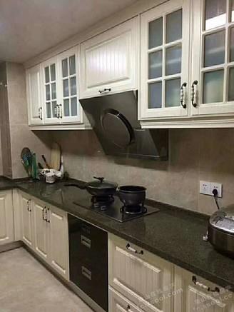出售绿城百合5室2厅3卫300平米415万住宅