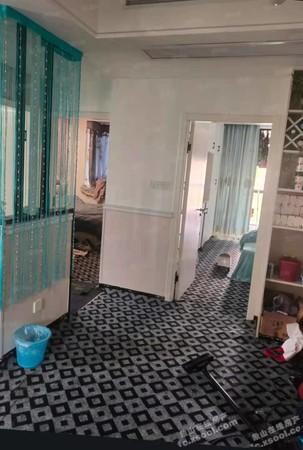 出售盛世华府 3室2厅1卫92平米140万住宅
