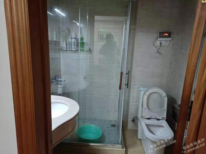 出租塔山花园3室2厅1卫117平米2800元/月住宅