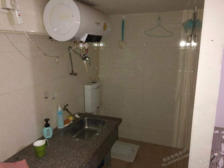 个人出租,丹峰西路丰盛苑小区一楼储藏室20平,通水电,500元/月